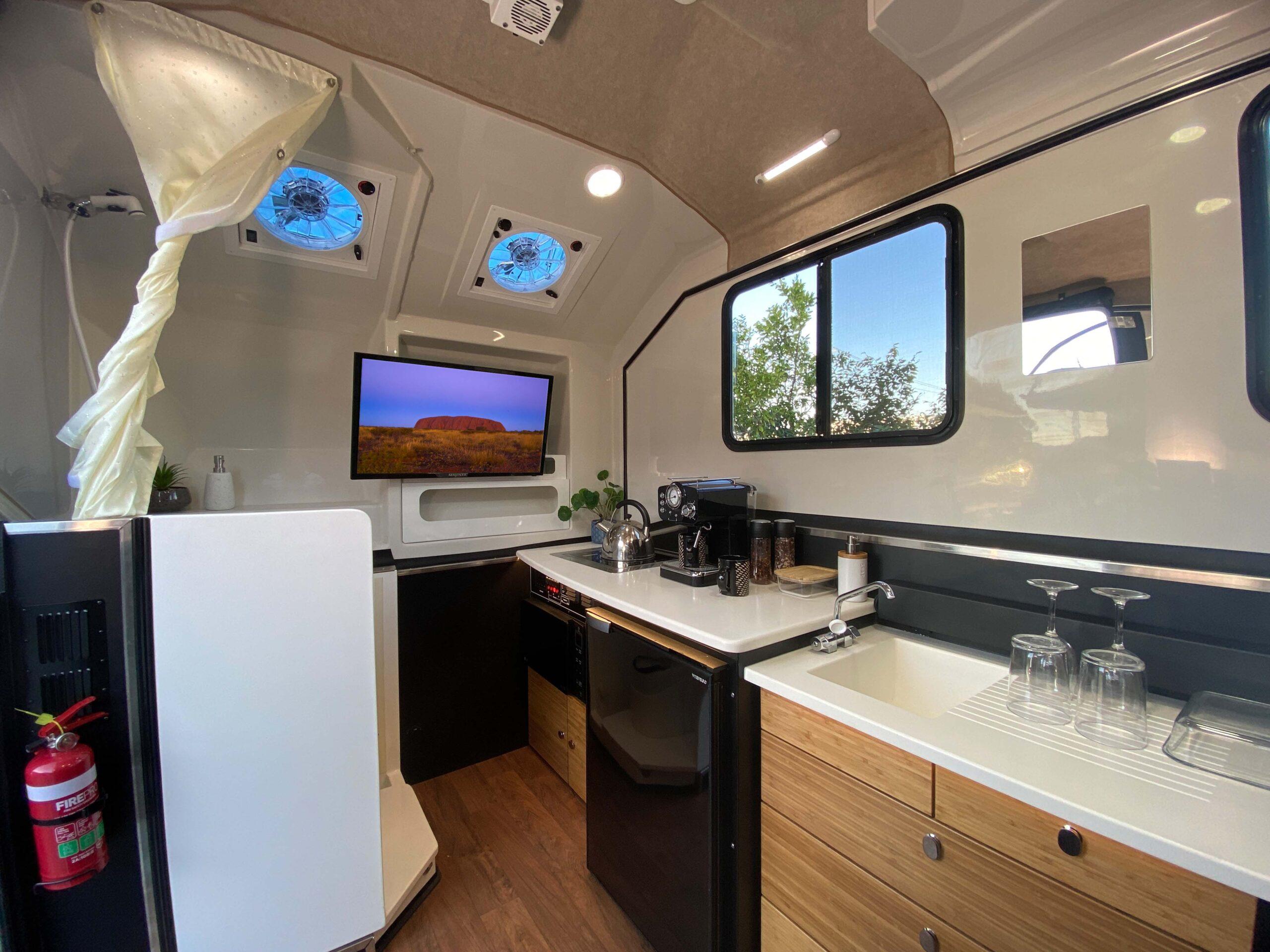 Kimberley Karavan full interior-2